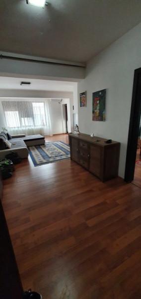 Apartament 2 camere,decomandat,centrala proprie,mobilat complet,finisaje Moderne