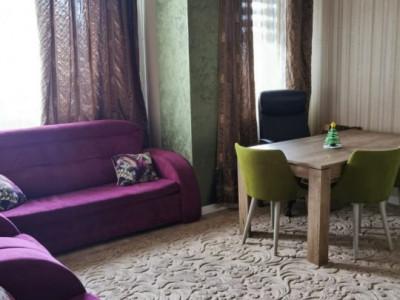 Apartament 3 Camere Decomandate - Zona KM 4 - Etaj 1 - Gaze