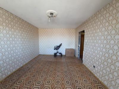 CET Apartament cu 2 camere decomandat gaze la aragaz