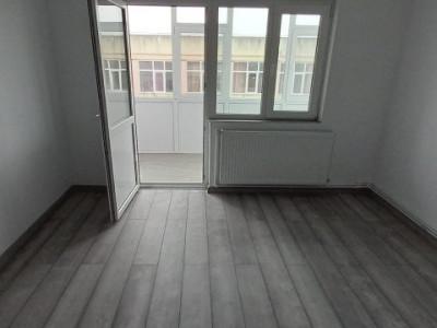 Apartament 2 Camere Decomandate - Zona Anda - Renovat - Gaze