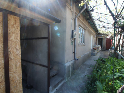 Casa 3 Camere - Zona Coiciu - Gaze - Necesita Renovare