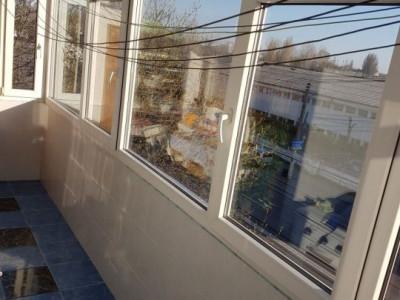Apartament 4 Camere Decomandate - Zona Anda - Etaj 3 - Gaze La Usa