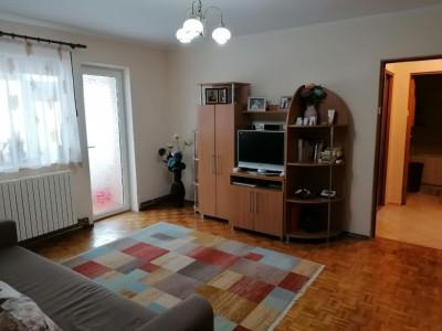 Apartament 2 Camere Semidecomandate - Zona Inel II - Gaze - Boxa