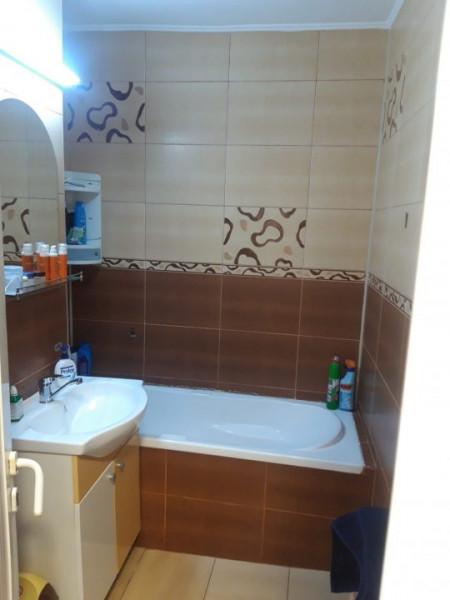 Apartament 3 Camere Decomandate - Zona Casa De Cultura - Etaj 7