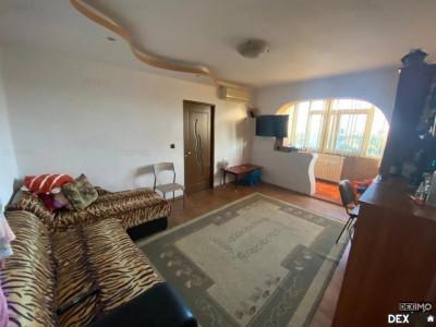 Apartament 3 Camere Semidecomandate - Zona Inel II - Gaze Pe Scara